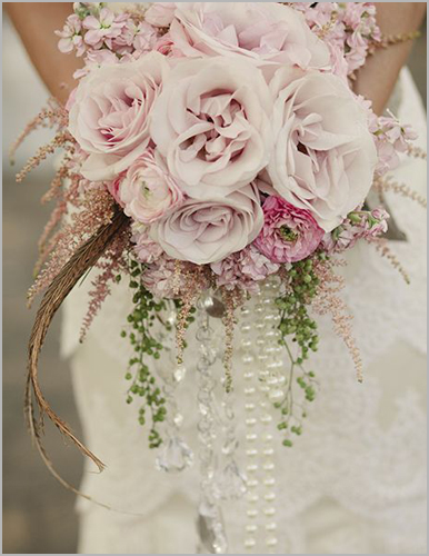 2 unique and creative ideas for a spring wedding bouquet i do and company wedding trends spring 2018 bouquet soft pink and pearl spring wedding bouquet junglespirit Gallery